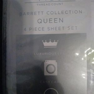 Other - Barret 1400 Count Queen 4pc Sheet Set New